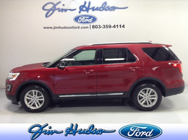 Pre-Owned 2017 Ford Explorer XLT CERTIFIED PRE OWNED NAVI LEATHER ECOBOOST BLIND SPOT MONITORING