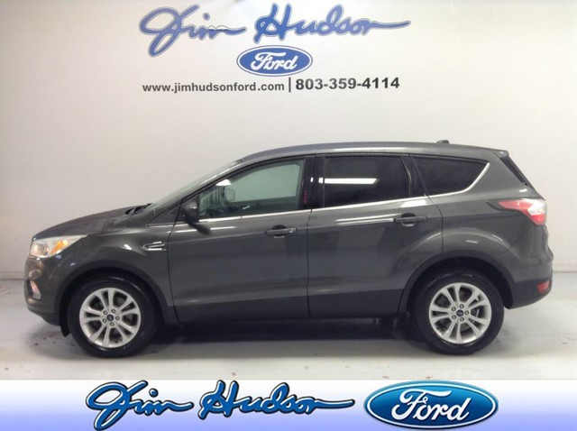 Pre-Owned 2017 Ford Escape SE CERTIFIED PRE OWNED POWER SEAT