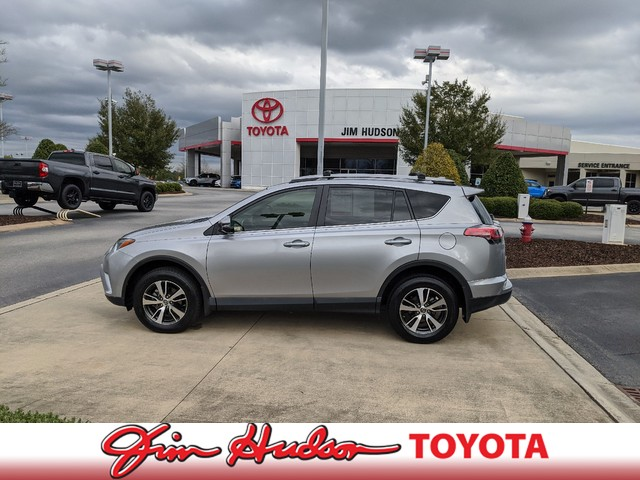 Pre-Owned 2017 Toyota RAV4 XLE...HEIGHT ADJUSTABLE POWER LIFTGATE