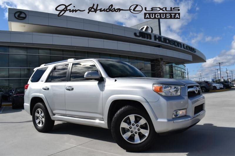 Pre-Owned 2013 Toyota 4Runner SR5/Rear Pull Tray