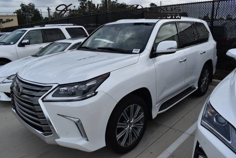 Certified Pre-Owned 2017 Lexus LX 570 / L Certified / Luxury Package / Mark Levinson / Navigation