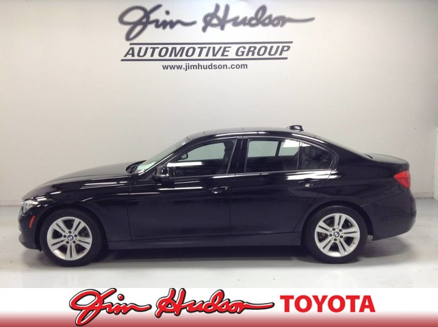 Pre-Owned 2016 BMW 3 Series 328i xDrive...LEATHER...SUNROOF